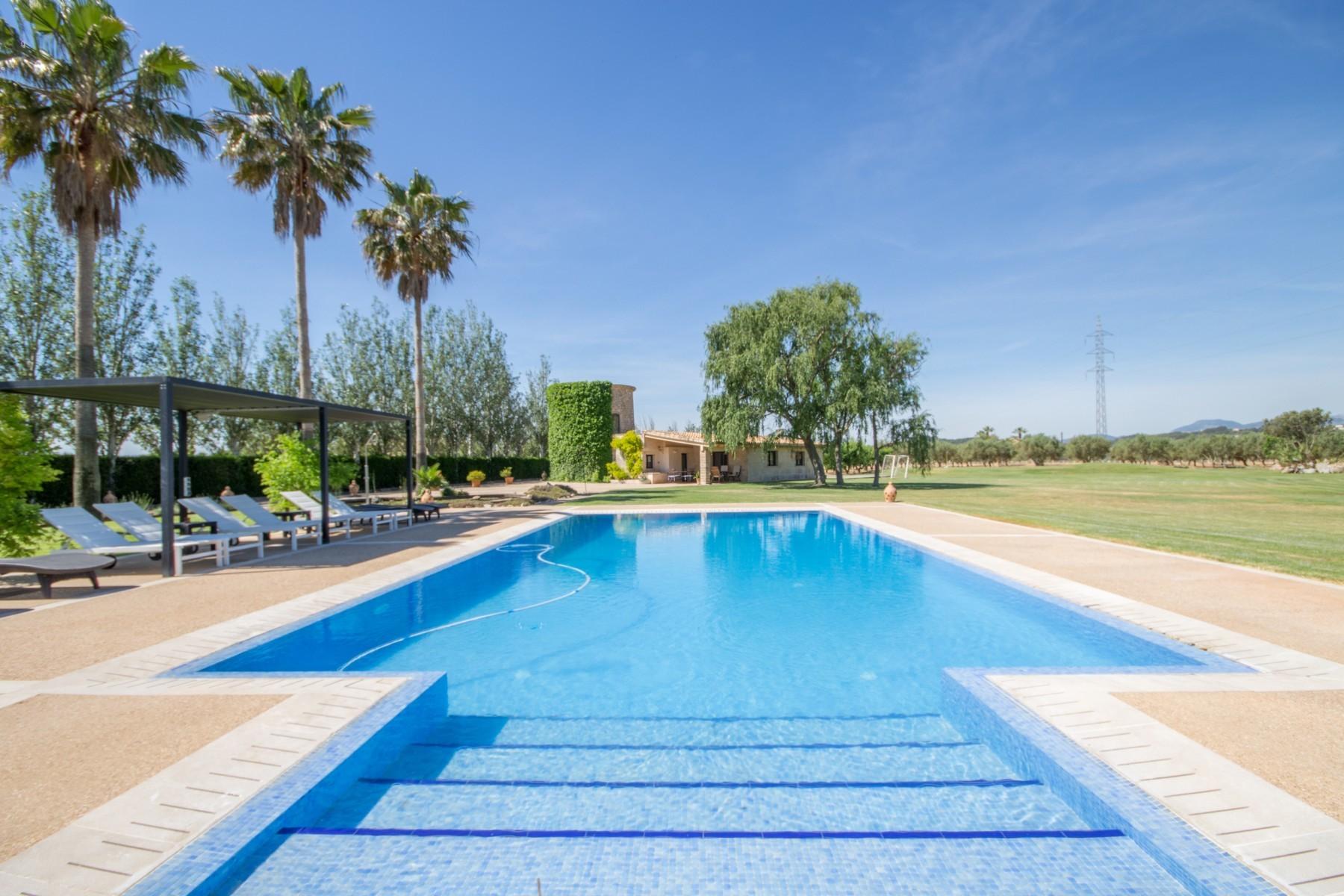 Casa rural con piscina para 15 personas en b ger mallorca for Casa rural 15 personas con piscina