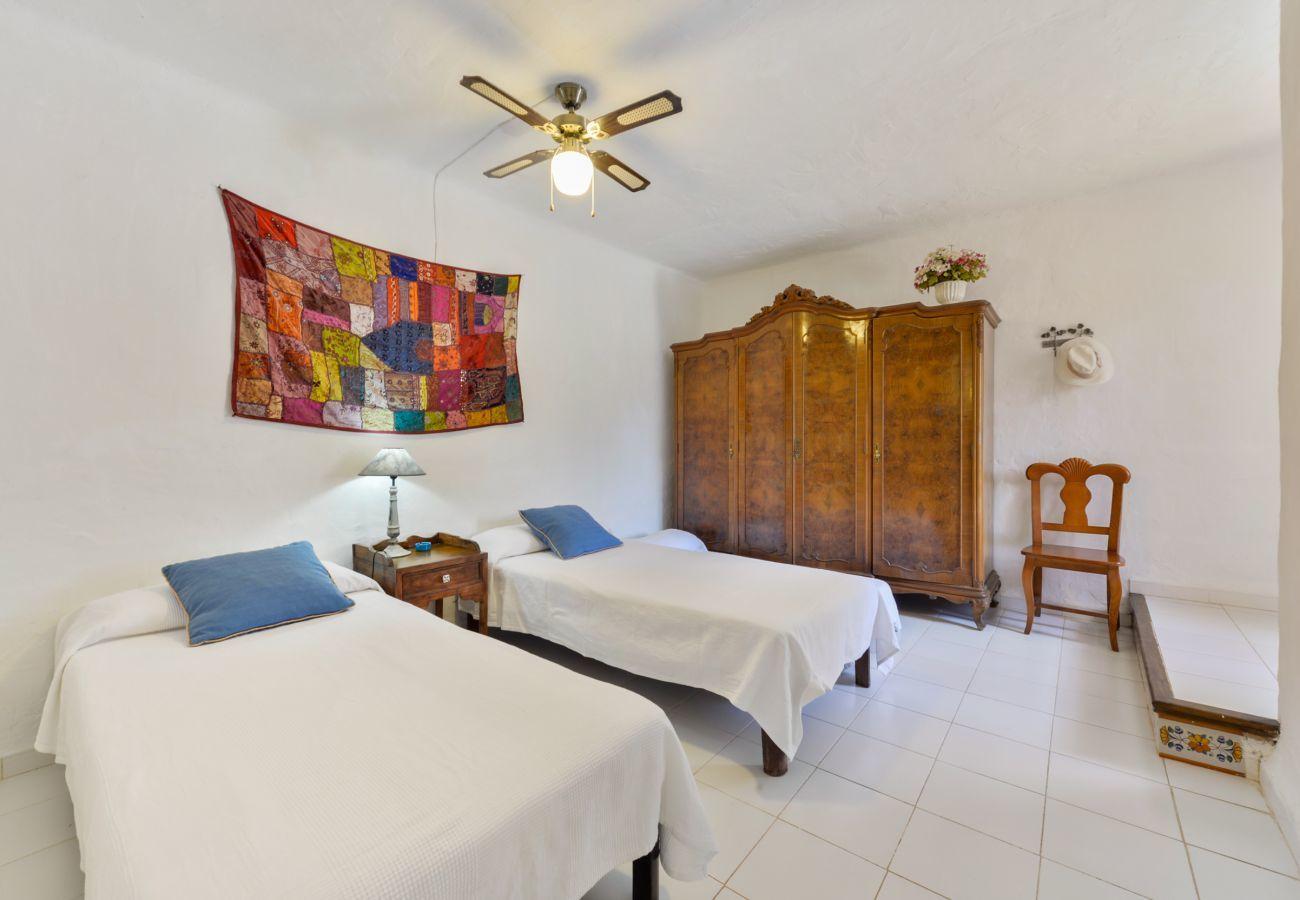 Villa en Sant Joan de Labritja / San Juan - Sa Coloma, Villa-Finca 5StarsHome Ibiza